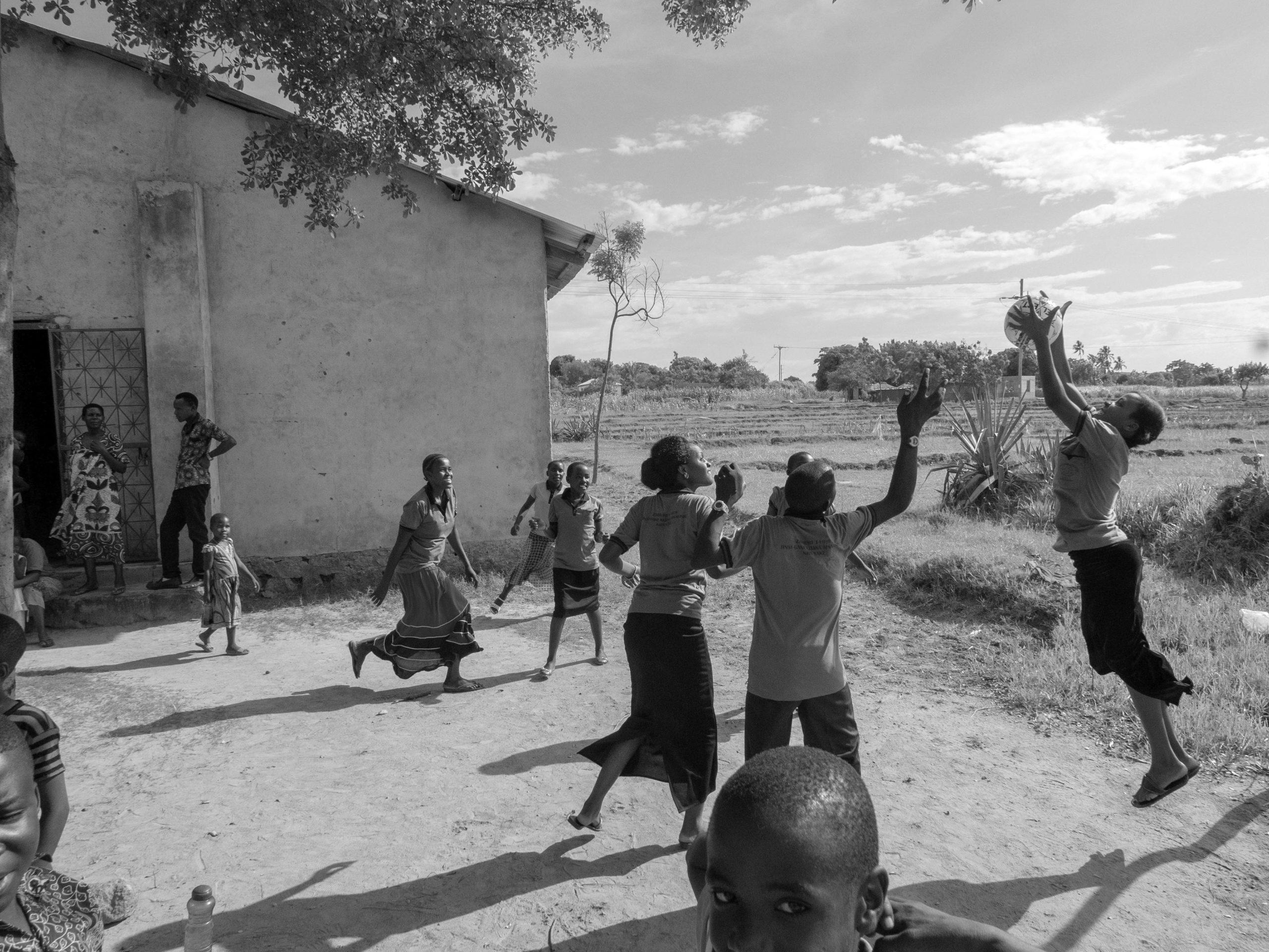 Matkareportaasi: Toivon Tansania?
